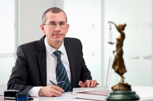 6-Reasons-Why-You-Will-Need-a-Pharmacy-Lawyer